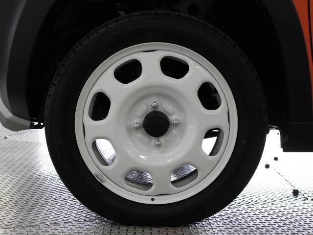 タイヤサイズは165/60R15です。