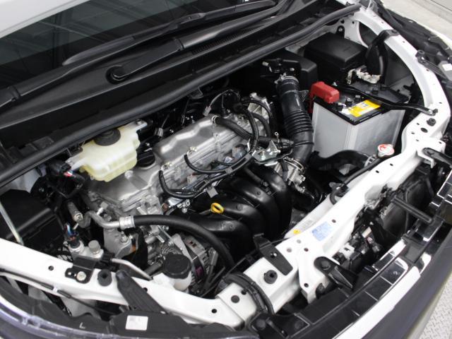 3ZR-FAE型 2.0L 直4 DOHCエンジン搭載、FF駆動です。
