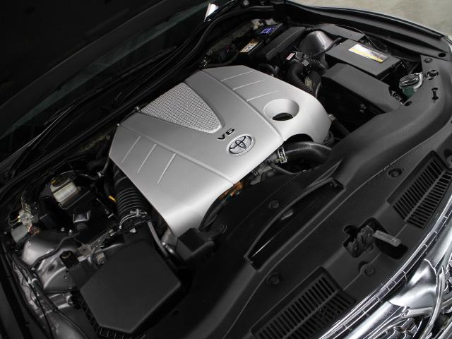 2GR-FSE型 3.5L V6 DOHC エンジン搭載、FR駆動です。