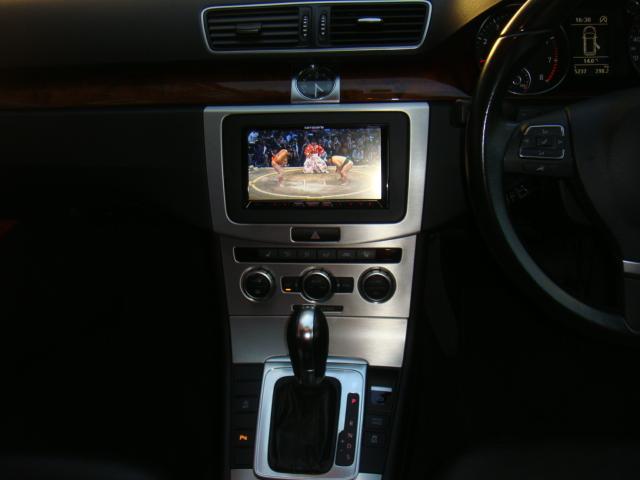 フォルクスワーゲン VW パサートヴァリアント TSIハイライン 黒レザーシート ナビTVバックカメラ