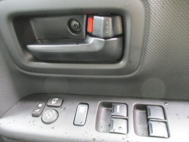 ハイブリッドXZ ターボ 2トーンルーフ 軽自動車 スズキ5年保証付 全方位モニター(17枚目)