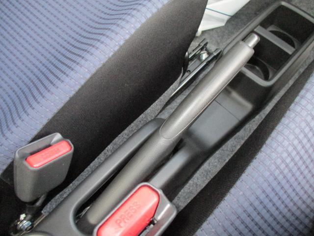 F セーフティサポート装着車 5AGS車 スズキ保証付 軽自動車 届出済未使用車(14枚目)