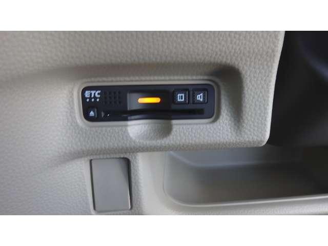 G・EXホンダセンシング 衝突軽減ブレーキ フルセグナビ LEDヘッドライト Rカメラ クルコン 両側パワスラ クルコン アイスト USBジャック ETC BT サイドカーテンエアバッグ ステアリングスイッチ オートエアコン(16枚目)
