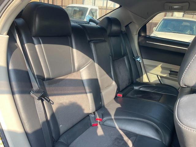 クライスラー クライスラー 300C 5.7HEMI