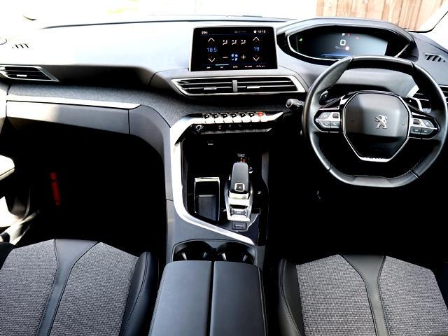 アリュール パノラミックサンルーフ AppleCarPlay対応ディスプレイ バック/サイドカメラ 全車速ACC アクティブセーフティブレーキ BSM LEDオート 前後ドラレコ Pバックドア 純正AW 禁煙車(3枚目)