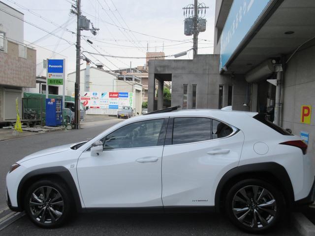「レクサス」「UX」「SUV・クロカン」「大阪府」の中古車5