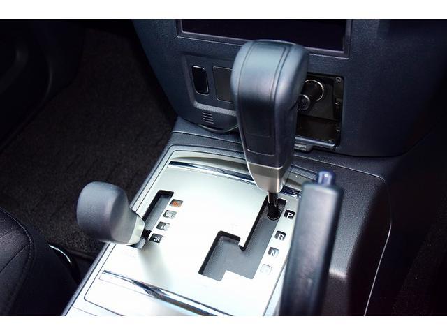 ショート VR-I カロッツェリアメモリーナビ フルセグ バックカメラ 背面タイヤ リアスポイラー  ドラレコ ETC マッドガード パートタイム4WD 純正17インチアルミ ヘッドライトレベライザー キーレスキー(29枚目)