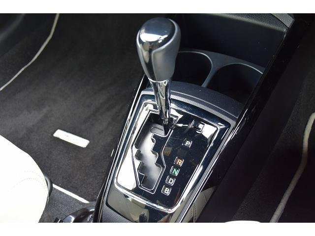 ハイブリッドG エアロツアラー・ダブルバイビー セーフティーセンス ホワイトインテリア 純正SDナビ フルセグ バックカメラ 純正16インチアルミ LEDオートライト スマートキー ETC 革巻きステアリング(25枚目)