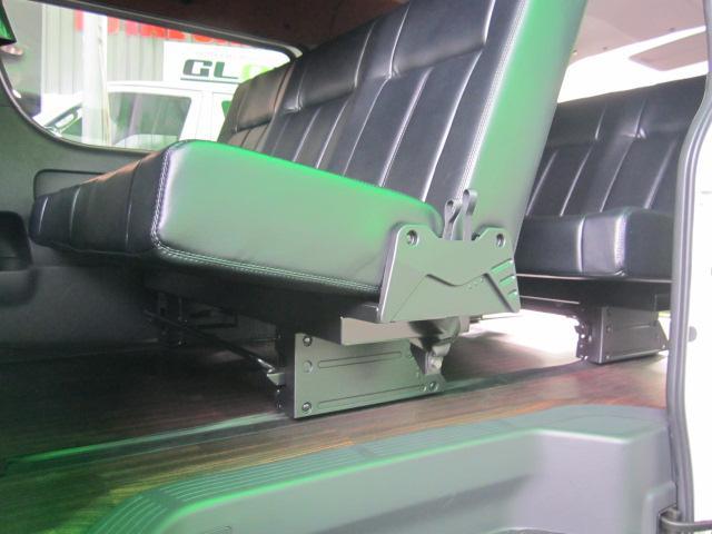 5型ダークプライムW トランスフォーム3 8名乗車バタフライ(4枚目)