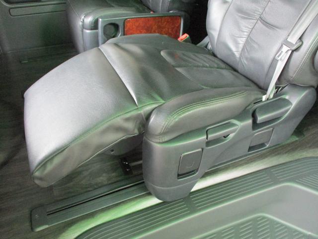 スーパーロングGL 2.8ディーゼルターボ 特設カラーホワイトパール 3ナンバー乗用変更10人乗り普通免許 レイヴ10 キャプテンシート ロングスライドベンチシート2脚(5枚目)