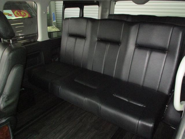 スーパーロングGL 2.8ディーゼルターボ 特設カラーホワイトパール 3ナンバー乗用変更10人乗り普通免許 レイヴ10 キャプテンシート ロングスライドベンチシート2脚(6枚目)