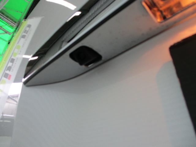 スーパーロングGL 2.8ディーゼルターボ 特設カラーホワイトパール 3ナンバー乗用変更10人乗り普通免許 レイヴ10 キャプテンシート ロングスライドベンチシート2脚(10枚目)