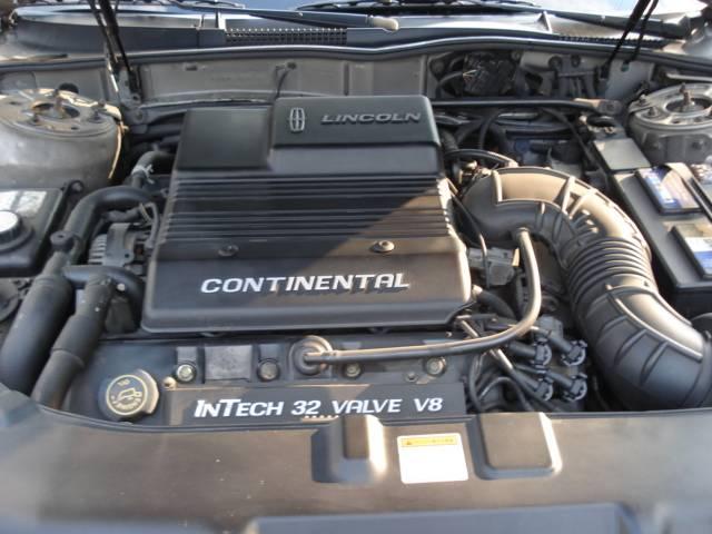 32V INTECH V8 4600ccエンジン!