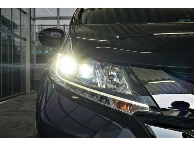 LEDヘッドライト!EXですのでコーナリングライト搭載しています、夜道も安心です!