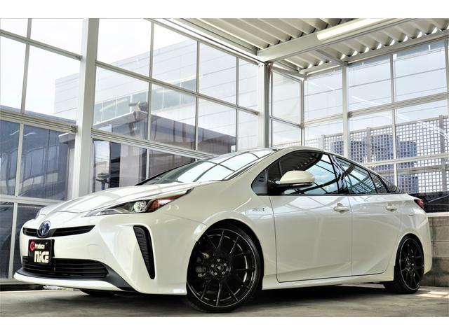 新車未登録車プリウス後期Sグレード新入庫!メーカー販売価格2,600,000円が新品パーツが装着されてこの価格です☆
