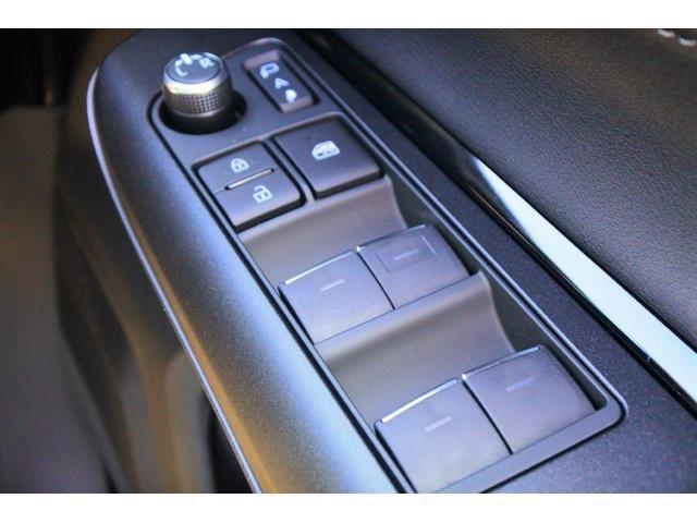 S 新車・Dオーディオ・Bluetooth・クリアランスソナー・衝突軽減ブレーキ・・レーダークルーズ・レーンキープ・オートハイビーム・LEDヘッドライト・バックカメラ・ウインカーミラー(23枚目)