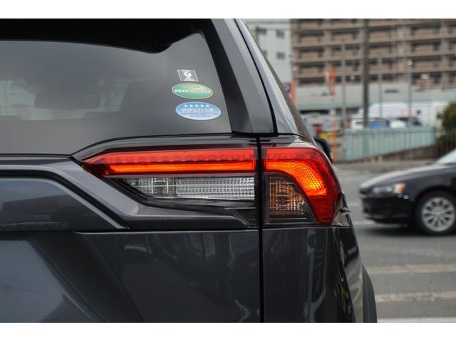 LINEを使用してWEBでの商談が可能です♪気になる車輌の写真や動画、お見積り書、ローン事前審査も可能です♪【ID→kpnice】で検索♪