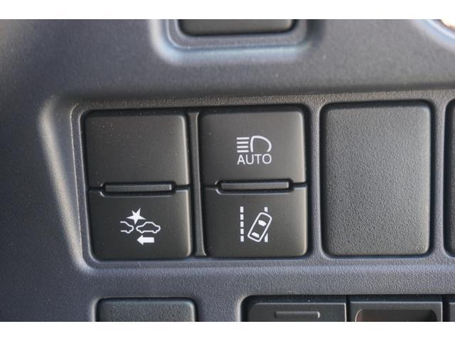 ZS 煌 ロクサーニ19AW・RSRダウンサス・9型ナビ・Bluetooth・地デジTV・HDMI・USB・後席モニター・Bカメラ・ETC・衝突軽減ブレーキ・両側パワスラ・Pスタート(16枚目)