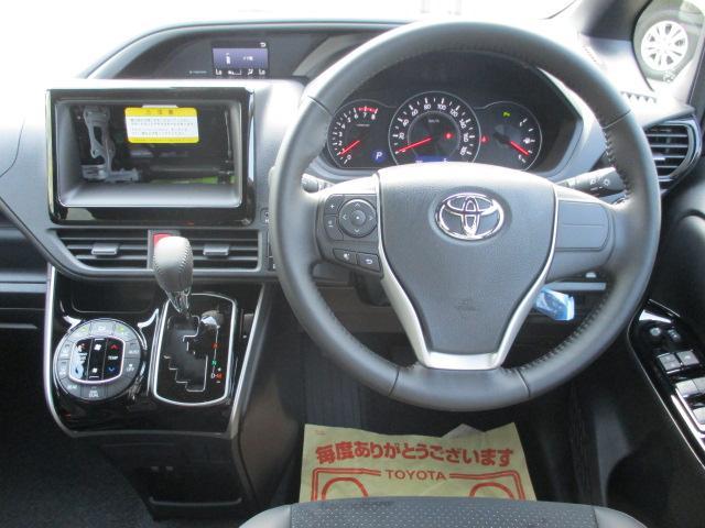ZS 煌III 新車 トヨタセーフティセンス・クリアランスソナー・レーンキープ・LEDヘッド・オートハイビーム・USBソケット・ナノイー搭載・ハーフレザーシート・両側パワスラ・オートクルーズ(14枚目)