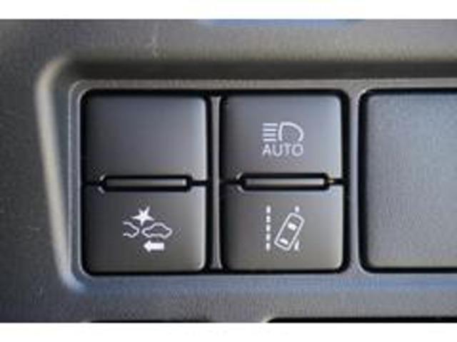 ZS 煌III 新車 トヨタセーフティセンス・クリアランスソナー・レーンキープ・LEDヘッド・オートハイビーム・USBソケット・ナノイー搭載・ハーフレザーシート・両側パワスラ・オートクルーズ(15枚目)