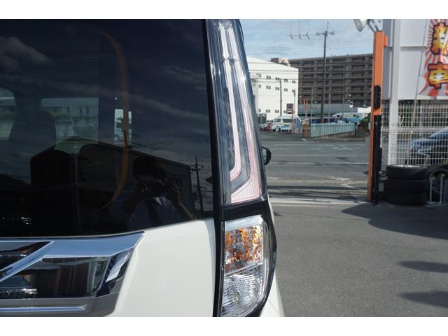 カスタムG 新車・安全ブレーキ・ソナー・クルコン・シートヒーター・両側パワスラ・スマートキー・LEDヘッド・電動パーキングブレーキ・シートバックテーブル・アイドリングストップ14AW(14枚目)