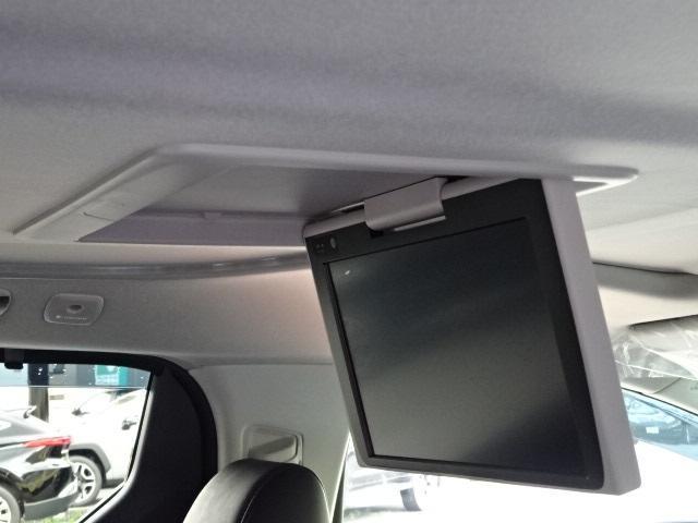 2.5S タイプゴールドII 新車・ムーンルーフ・後席モニター・ディスプレイオーディオ・Bluetooth・三眼LED・衝突軽減ブレーキ・バックカメラ・レーダークルーズ・クリアランスソナー・電動リアゲート・ハーフレザーシート(16枚目)