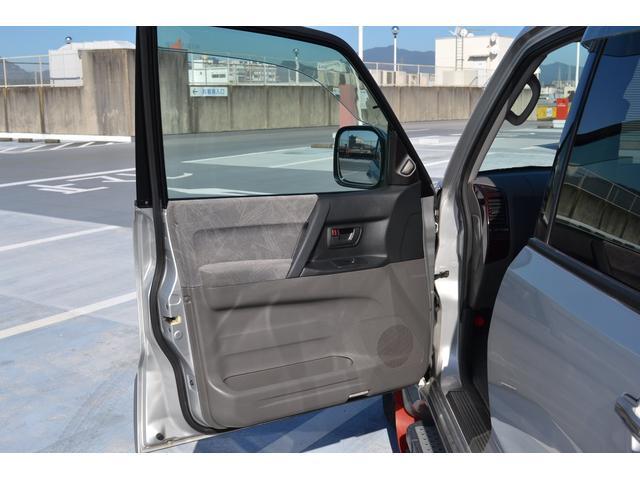 「三菱」「パジェロ」「SUV・クロカン」「京都府」の中古車37