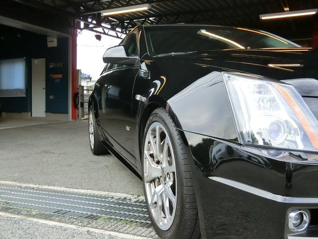 CTS-Vプレミアム 正規ディーラー車 V8 6200cc スーパーチャージャー 564馬力 純正RECARO製パワーシート 純正ナビ/地デジFセグTV/バックカメラ(13枚目)