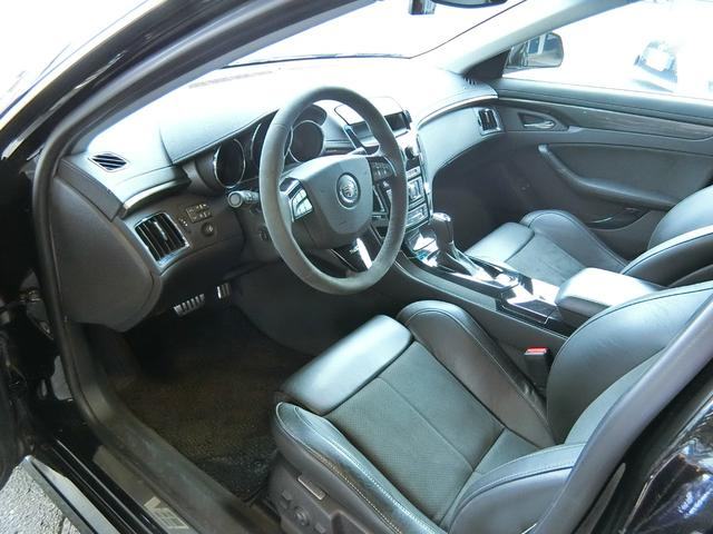 CTS-Vプレミアム 正規ディーラー車 V8 6200cc スーパーチャージャー 564馬力 純正RECARO製パワーシート 純正ナビ/地デジFセグTV/バックカメラ(25枚目)