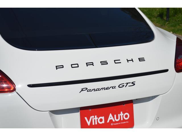 ポルシェ ポルシェ パナメーラ GTS