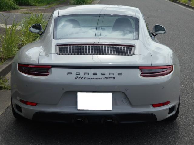 911カレラGTS 左ハンドル PCCBセラミックブレーキ スポーツクロノPKG アダプティブスポーツシート・スポーツシートプラス(18ウェイ) インテリアライトPKG PASM 20インチアルミ Fバンパーフィルム(9枚目)