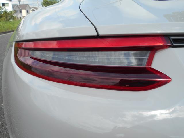 911カレラGTS 左ハンドル PCCBセラミックブレーキ スポーツクロノPKG アダプティブスポーツシート・スポーツシートプラス(18ウェイ) インテリアライトPKG PASM 20インチアルミ Fバンパーフィルム(22枚目)