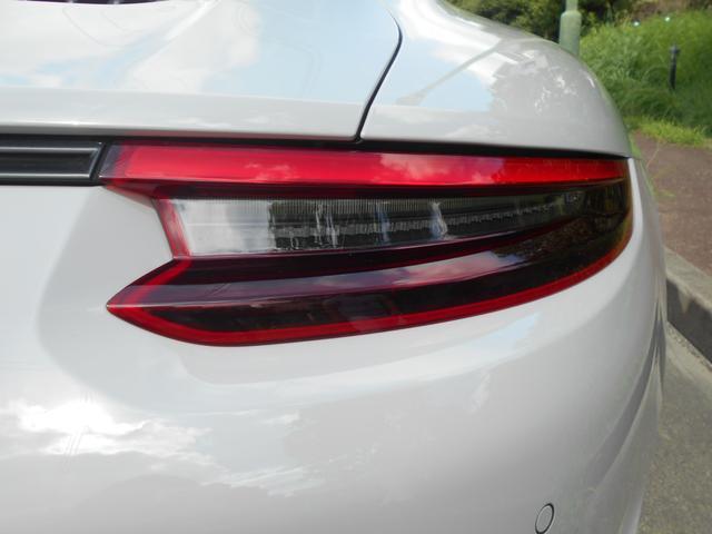 911カレラGTS 左ハンドル PCCBセラミックブレーキ スポーツクロノPKG アダプティブスポーツシート・スポーツシートプラス(18ウェイ) インテリアライトPKG PASM 20インチアルミ Fバンパーフィルム(23枚目)