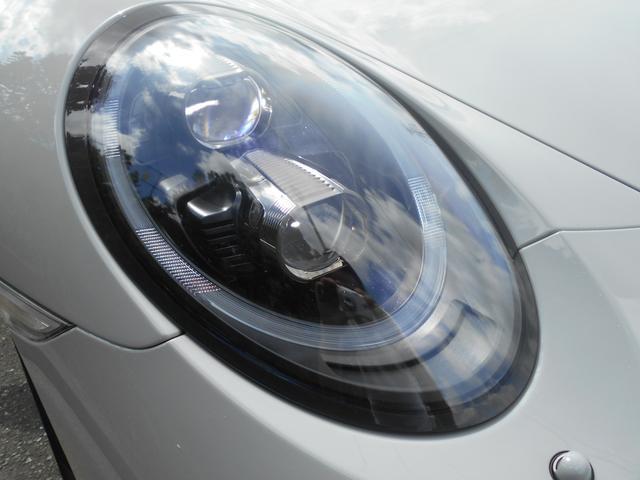911カレラGTS 左ハンドル PCCBセラミックブレーキ スポーツクロノPKG アダプティブスポーツシート・スポーツシートプラス(18ウェイ) インテリアライトPKG PASM 20インチアルミ Fバンパーフィルム(24枚目)