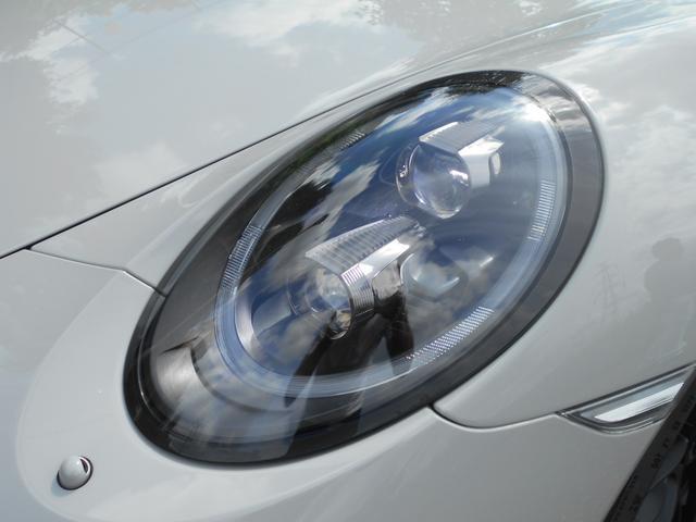 911カレラGTS 左ハンドル PCCBセラミックブレーキ スポーツクロノPKG アダプティブスポーツシート・スポーツシートプラス(18ウェイ) インテリアライトPKG PASM 20インチアルミ Fバンパーフィルム(25枚目)