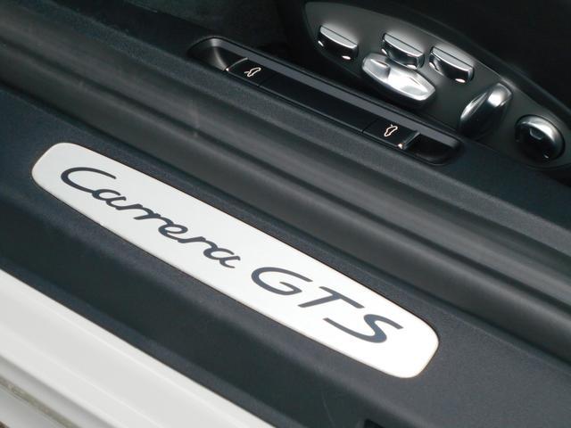911カレラGTS 左ハンドル PCCBセラミックブレーキ スポーツクロノPKG アダプティブスポーツシート・スポーツシートプラス(18ウェイ) インテリアライトPKG PASM 20インチアルミ Fバンパーフィルム(38枚目)