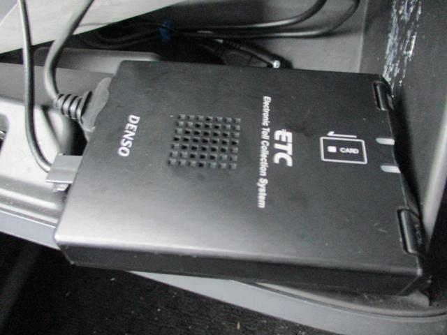 ベースグレード SDナビ リアカメラ フルセグ スマートキー HIDヘッドライト 両側パワースライドドア Bluetooth ETC(30枚目)