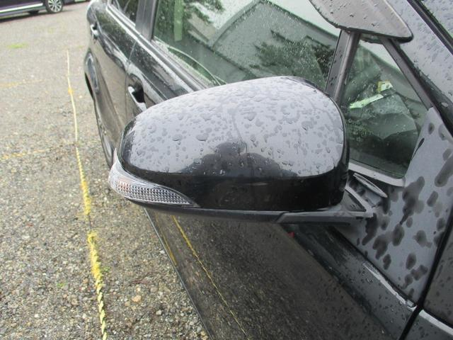 S メモリーナビ リアカメラ 地デジ スマートキー HIDヘッドライト シートヒーター Bluetooth 純正アルミスタッドレスセット積込(18枚目)