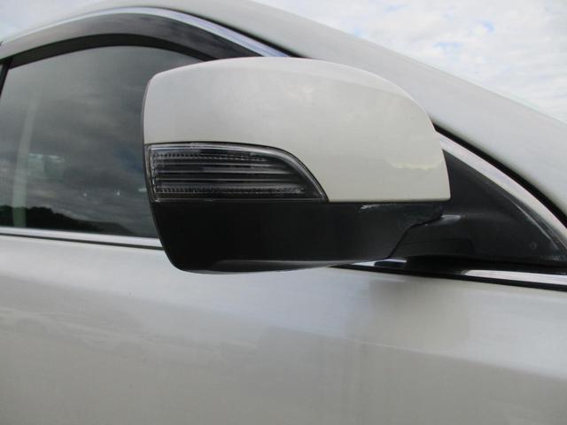 2.5iアイサイト Sパッケージ 4WD HDDナビ リアカメラ フルセグ スマートキー HIDヘッドライト クルーズコントロール Bluetooth ETC(19枚目)