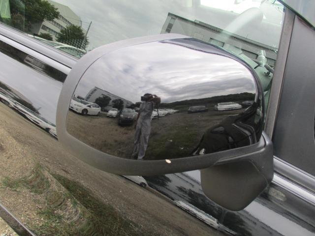 ライダー HDDナビ リアカメラ フルセグ スマートキー HIDヘッドライト Bluetooth ETC(19枚目)