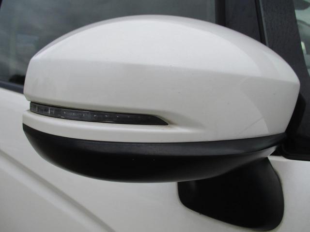 Lパッケージ メモリーナビ リアカメラ フルセグ スマートキー LEDヘッドライト クルーズコントロール Bluetooth 純正アルミ ETC(19枚目)