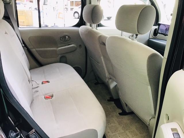 2列目シートも使用感はありますが綺麗な状態のシートです☆広々とした空間でゆったりとできます☆