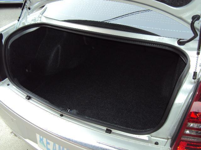 クライスラー クライスラー 300C 3.5 革シート HDDナビ ボストンプレミアムオーディオ
