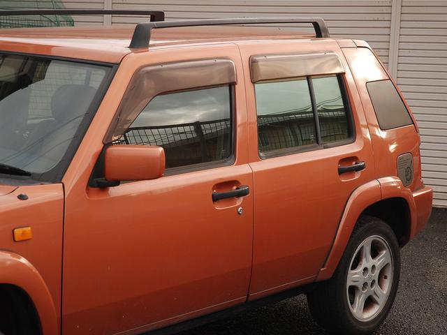 フォルザ オリジナルレザーシート 背面タイヤカバー(5枚目)