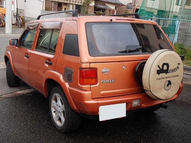 フォルザ オリジナルレザーシート 背面タイヤカバー(6枚目)