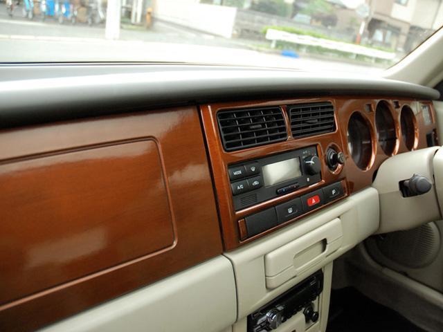 フォルザ オリジナルレザーシート 背面タイヤカバー(17枚目)