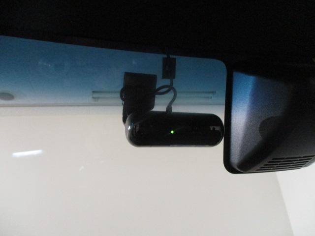 GターボSAII ナビ/DVD/フルセグ/フリップダウン/ターボ/Bカメラ/ドラレコ/ETC/両側電動パワースライド/衝突軽減ブレーキ/プッシュボタンスタート/(4枚目)