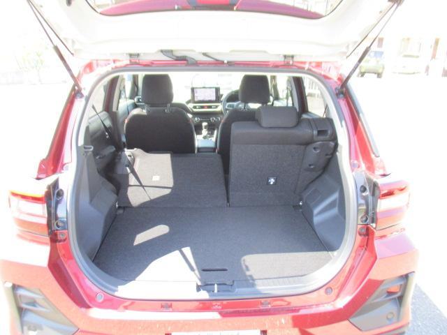 G 9インチナビ/CD/DVD/フルセグ/Bluetooth/パノラマバックカメラ/オートクルーズ/シートヒーター/LEDヘッドランプ/衝突軽減ブレーキ/スマートキー/プッシュボタンスタート/(16枚目)
