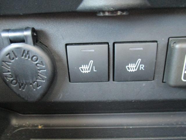 G 9インチナビ/CD/DVD/フルセグ/Bluetooth/パノラマバックカメラ/オートクルーズ/LEDヘッドランプ/シートヒーター(運転席・助手席)/キーフリー/プッシュボタンスタート/(11枚目)