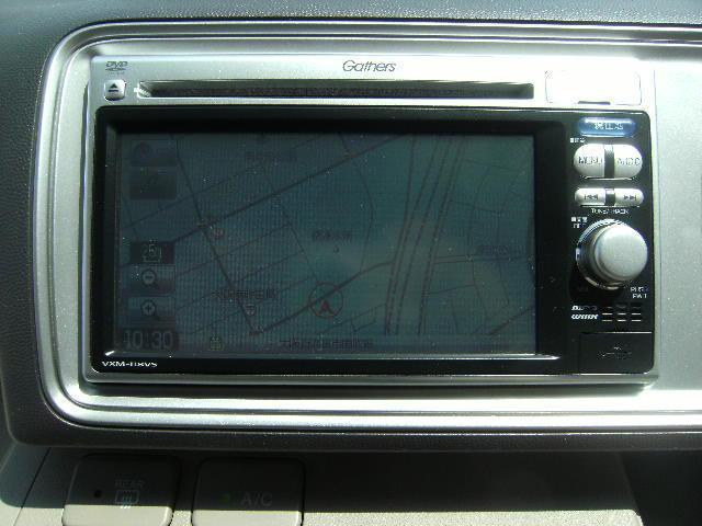 純正メモリーナビ(DVD映像再生可能)VXM-118VS ワンセグTV CD Bluetooth